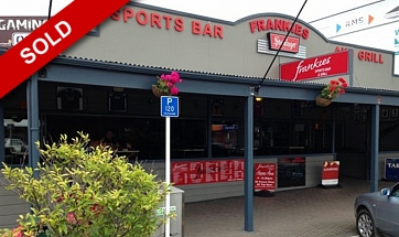 Frankies Sports Bar and Grill